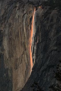 DL_20160213_DSC3917_Yosemite_Horsetail_Fall.jpg